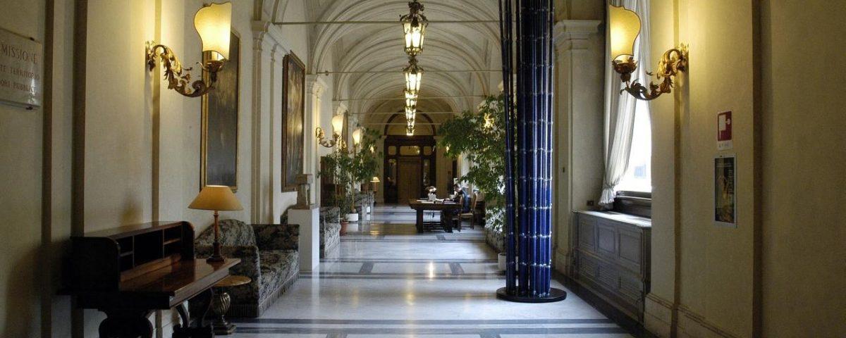 Lobbying da oggi nuove regole alla camera labparlamento for Oggi alla camera