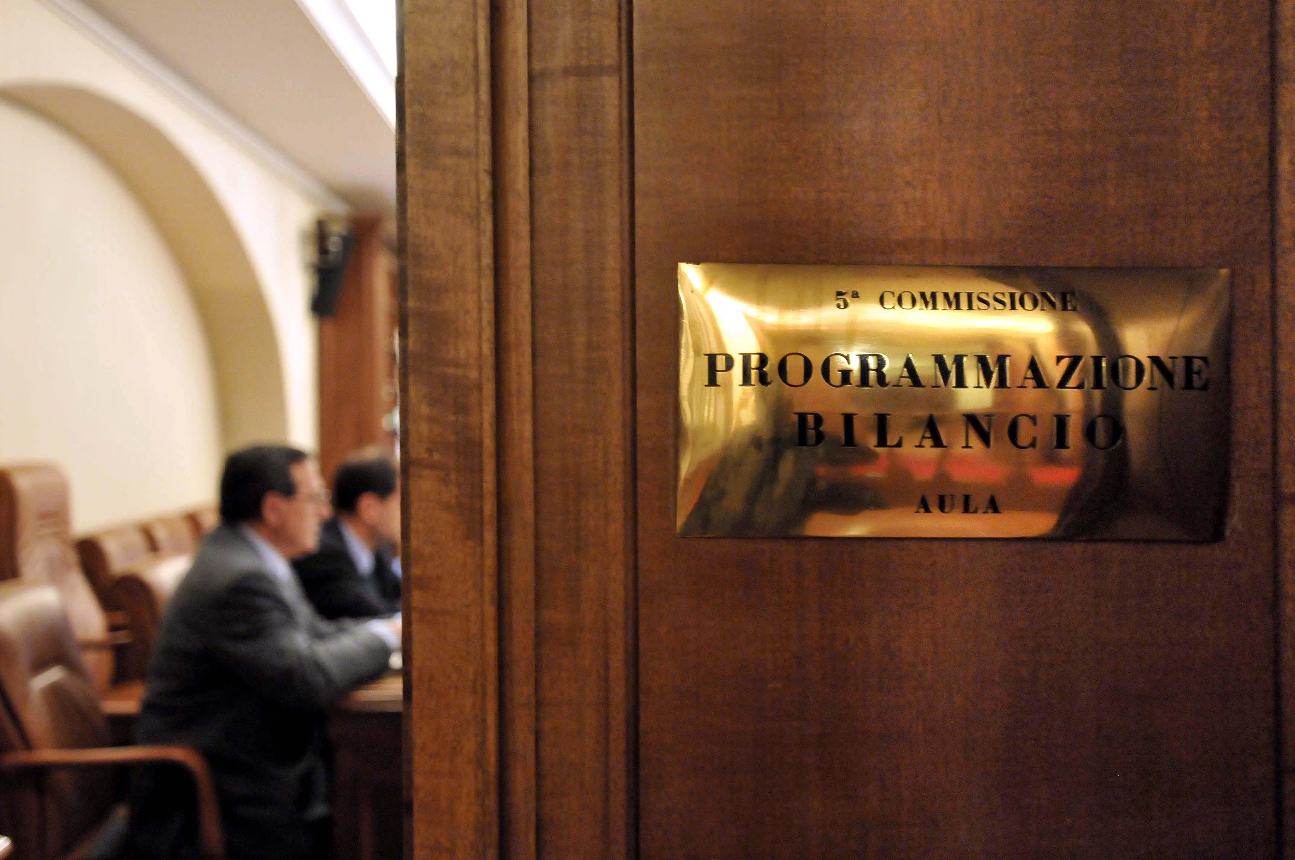 Legge di bilancio ancora emendamenti dal governo for Commissione giustizia senato calendario